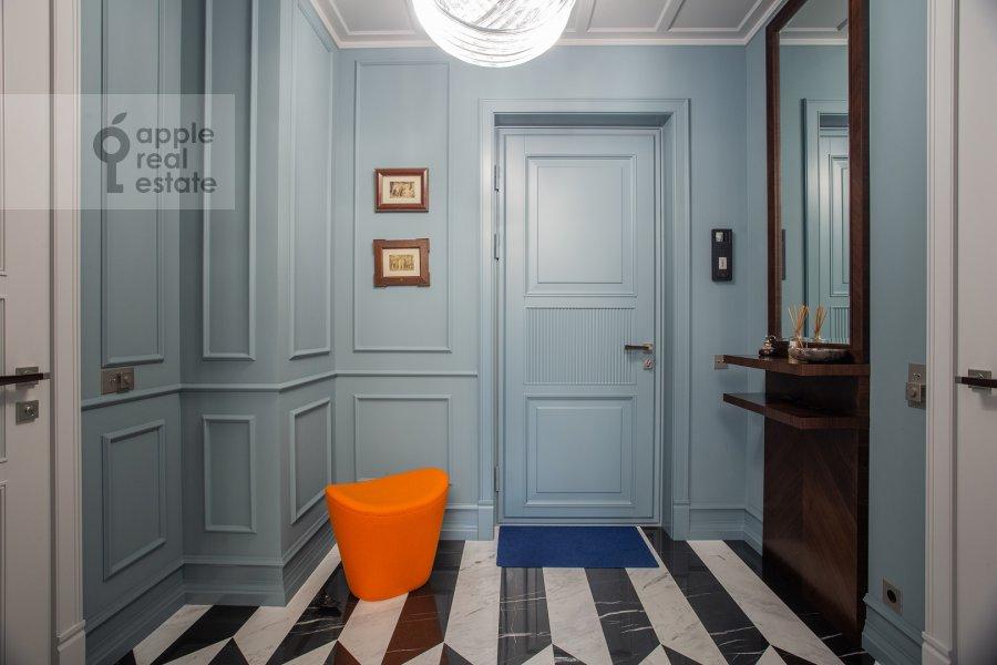 Corridor of the 3-room apartment at Prechistenskiy per. 14s1