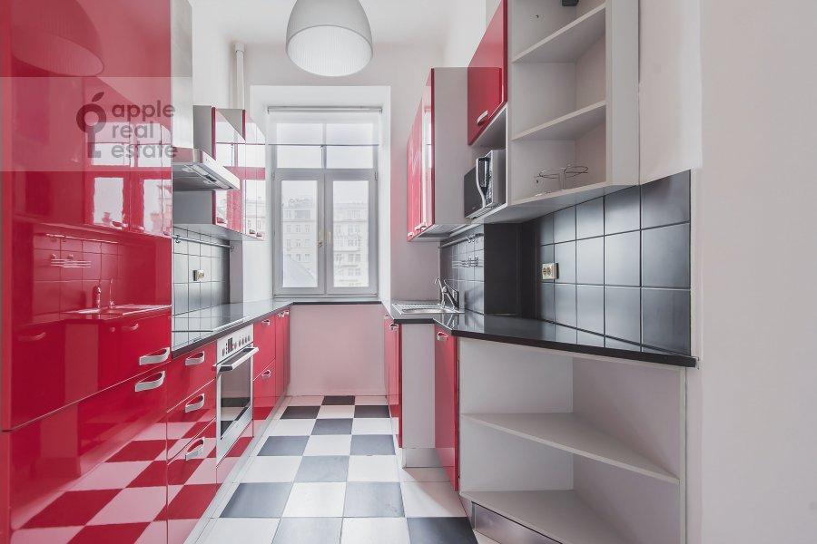 Kitchen of the 5-room apartment at Serafimovicha ul. 2
