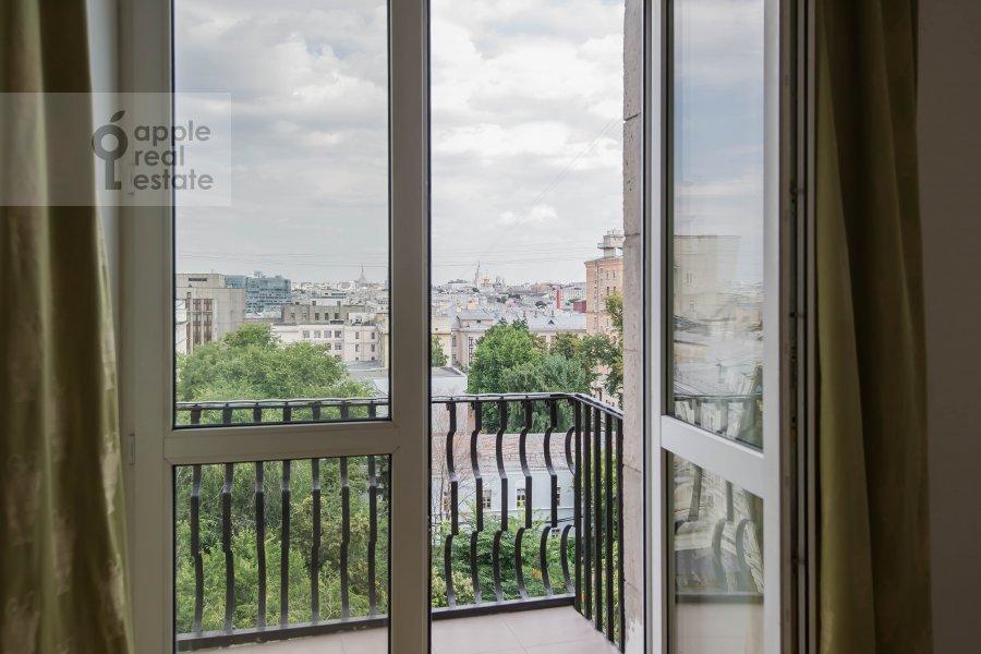 Balcony / Terrace / Loggia of the 2-room apartment at Tverskaya ul. 8