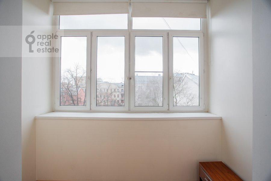 Балкон / Терраса / Лоджия в 4-комнатной квартире по адресу Фурманный пер. 24