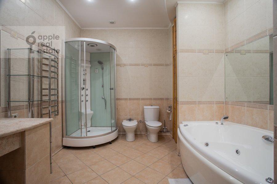 Санузел в 4-комнатной квартире по адресу Фурманный пер. 24