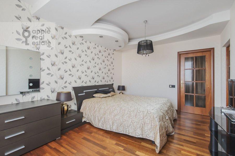 Bedroom of the 3-room apartment at 2-y Polevoy per. 2k3