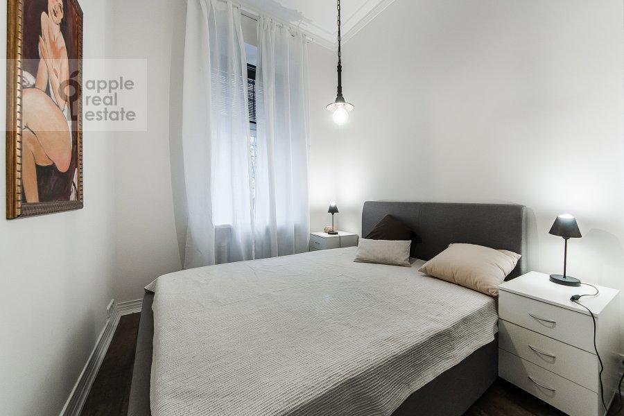 Спальня в 3-комнатной квартире по адресу Малый Козихинский пер. 12