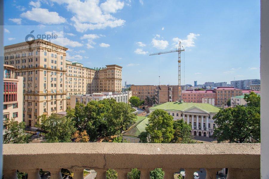 Balcony / Terrace / Loggia of the 4-room apartment at Lavrushinskiy pereulok 17