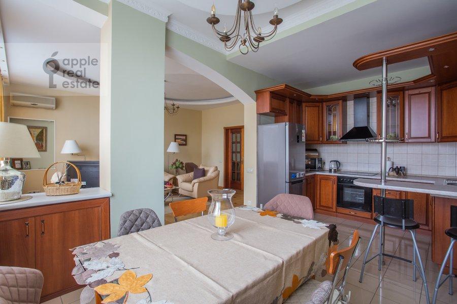 Kitchen of the 3-room apartment at Leningradskiy prospekt 76k2