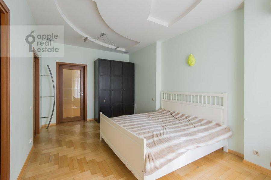 Спальня в 6-комнатной квартире по адресу Лобачевского ул. 92к4