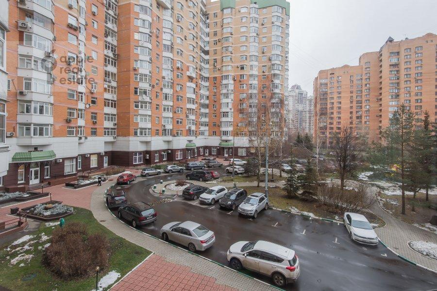 Вид из окна в 6-комнатной квартире по адресу Лобачевского ул. 92к4