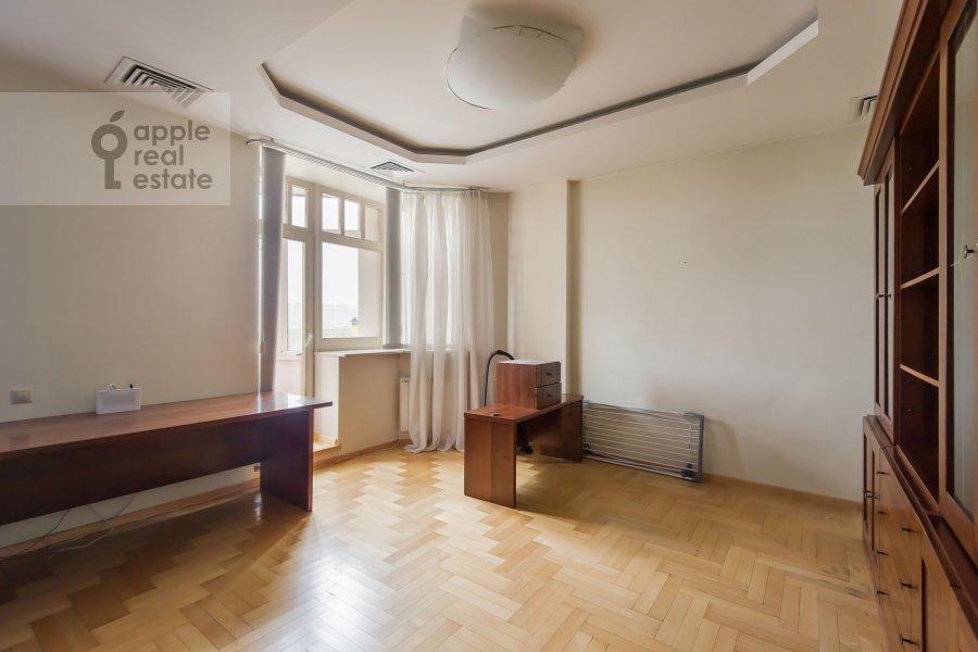 Детская комната / Кабинет в 6-комнатной квартире по адресу Лобачевского ул. 92к4