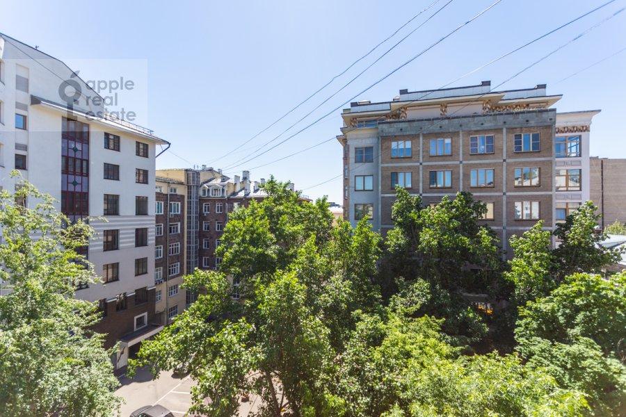 Вид из окна в 3-комнатной квартире по адресу Филипповский пер. 16