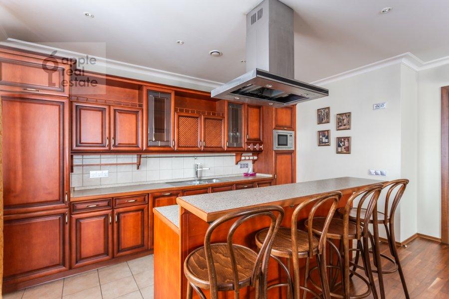 Kitchen of the 4-room apartment at Udal'tsova ul. 5k3