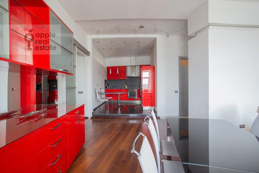 Кухня в 4-комнатной квартире по адресу Климентовский переулок 6
