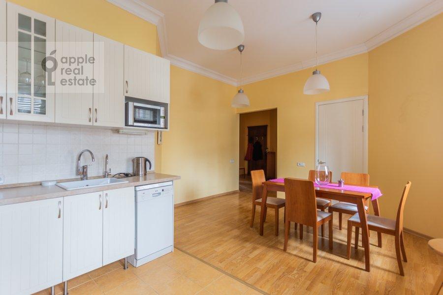 Kitchen of the 2-room apartment at Tarasa Shevchenko nab. 1