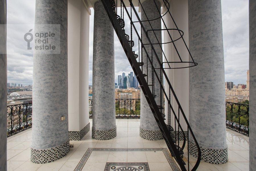 Photo of the house of the 2-room apartment at Tarasa Shevchenko nab. 1