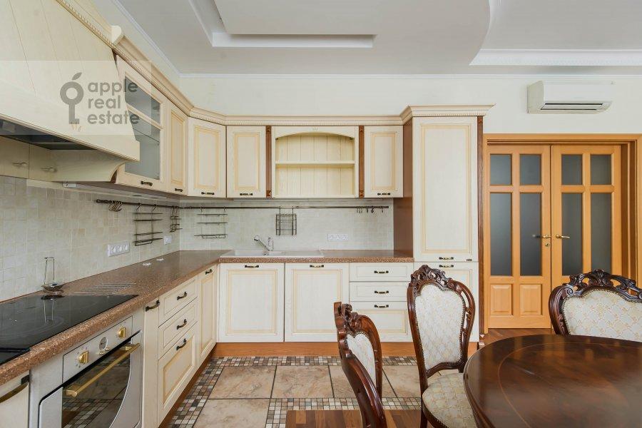 Kitchen of the 3-room apartment at Pochtovaya Bol'shaya ul. 5