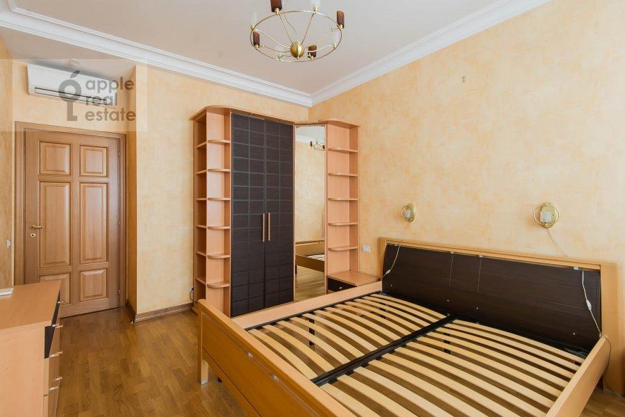 Bedroom of the 3-room apartment at Pochtovaya Bol'shaya ul. 5