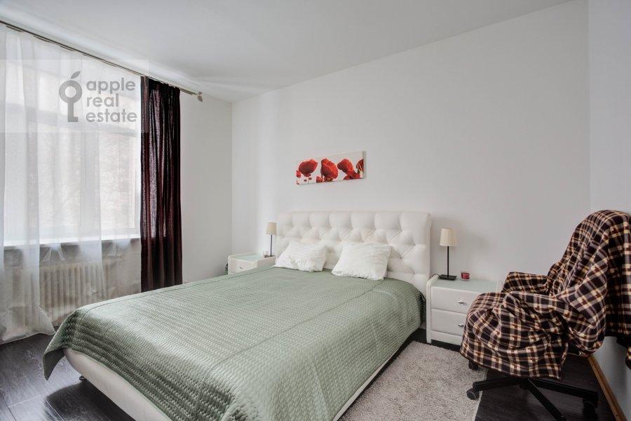 Bedroom of the 3-room apartment at Mansurovskiy per. 6