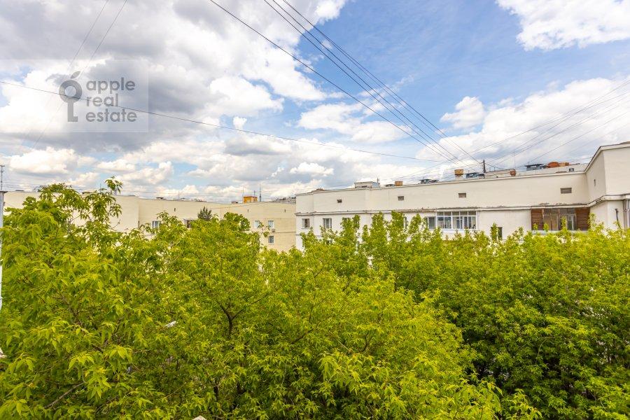 Вид из окна в 1-комнатной квартире по адресу Палиха ул. 7/9С4