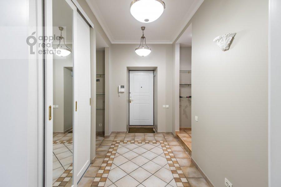 Corridor of the 5-room apartment at Bol'shaya Ordynka 67