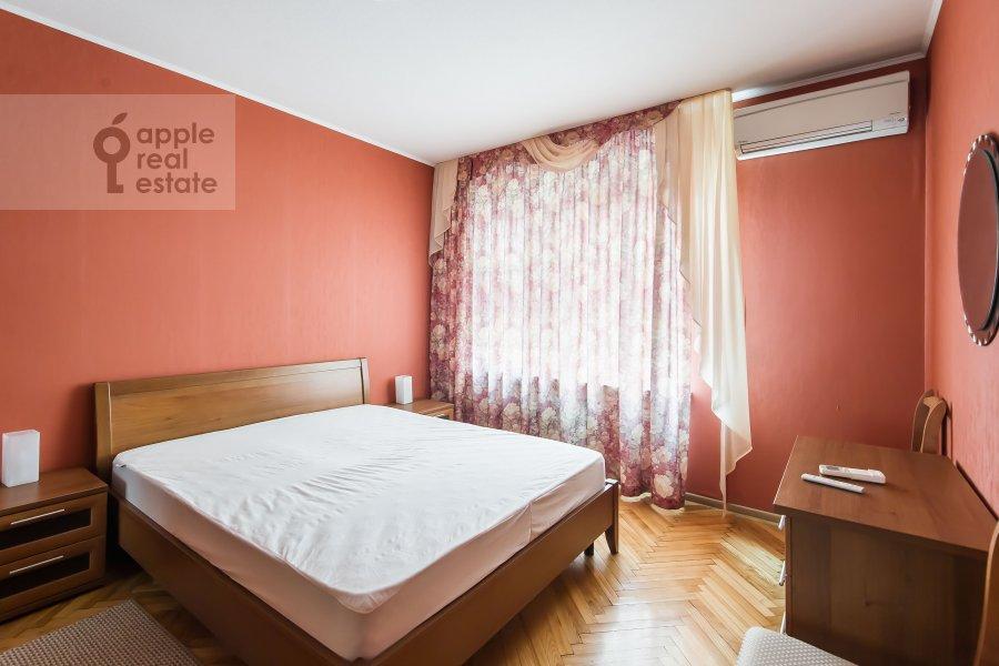 Спальня в 2-комнатной квартире по адресу Грузинская Большая ул. 39