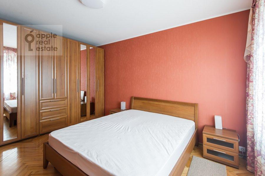 Bedroom of the 2-room apartment at Gruzinskaya Bol'shaya ul. 39