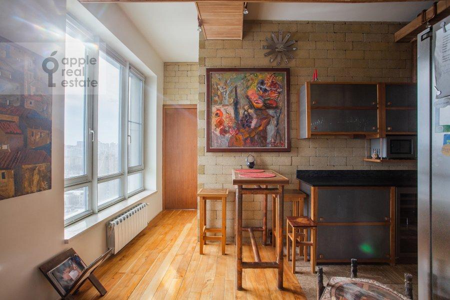 Кухня в 4-комнатной квартире по адресу Мосфильмовская ул. 70к4