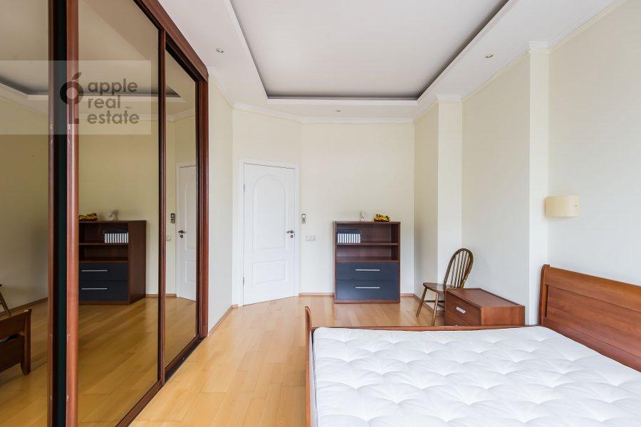 Спальня в 3-комнатной квартире по адресу Расплетина 22к2
