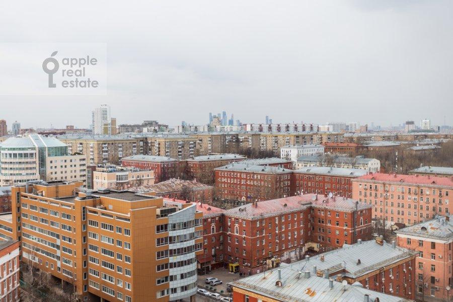 View from the window of the 2-room apartment at Novocheremushkinskaya ulitsa 34k1