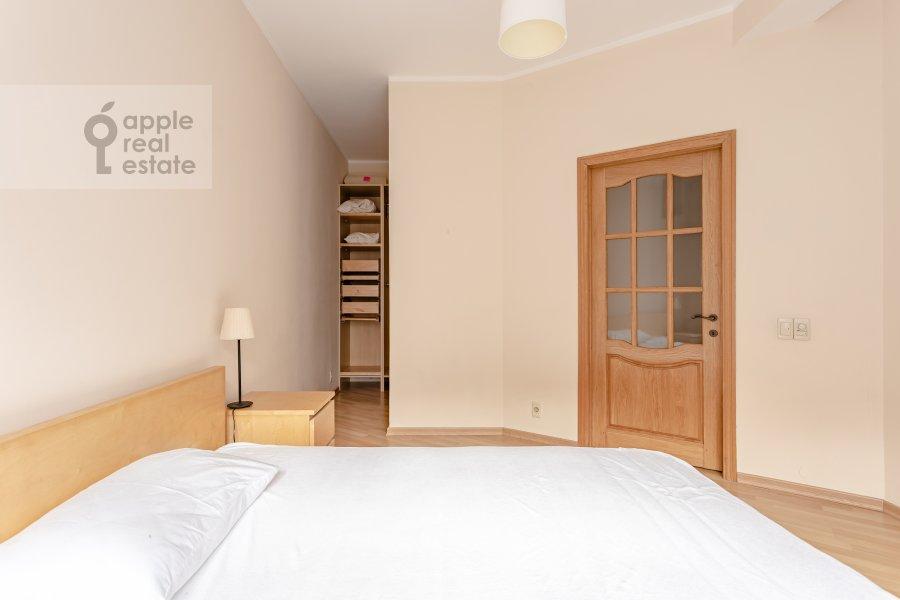 Спальня в 3-комнатной квартире по адресу Сивцев Вражек пер. 21