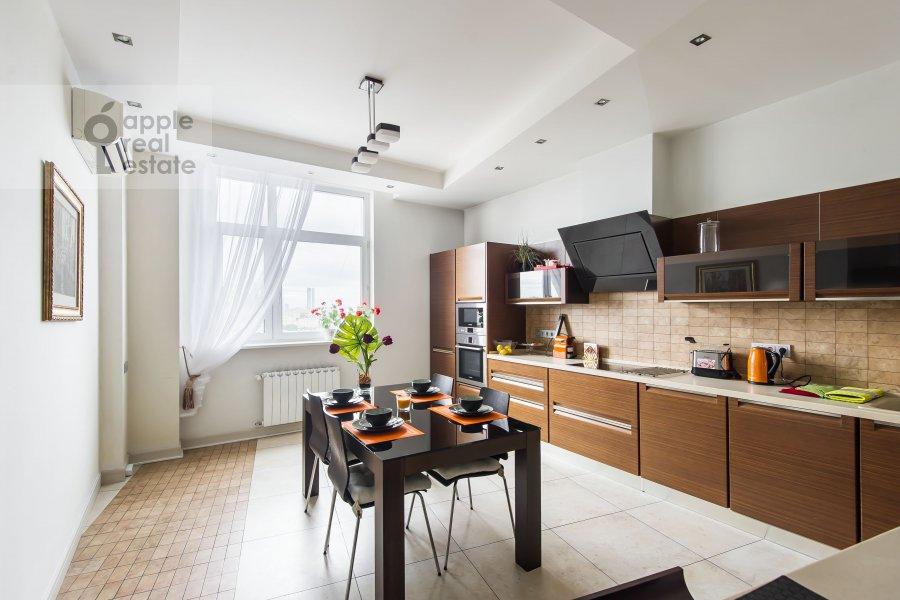 Кухня в 3-комнатной квартире по адресу Шаболовка 10к1
