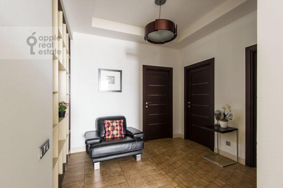 Коридор в 3-комнатной квартире по адресу Шаболовка 10к1
