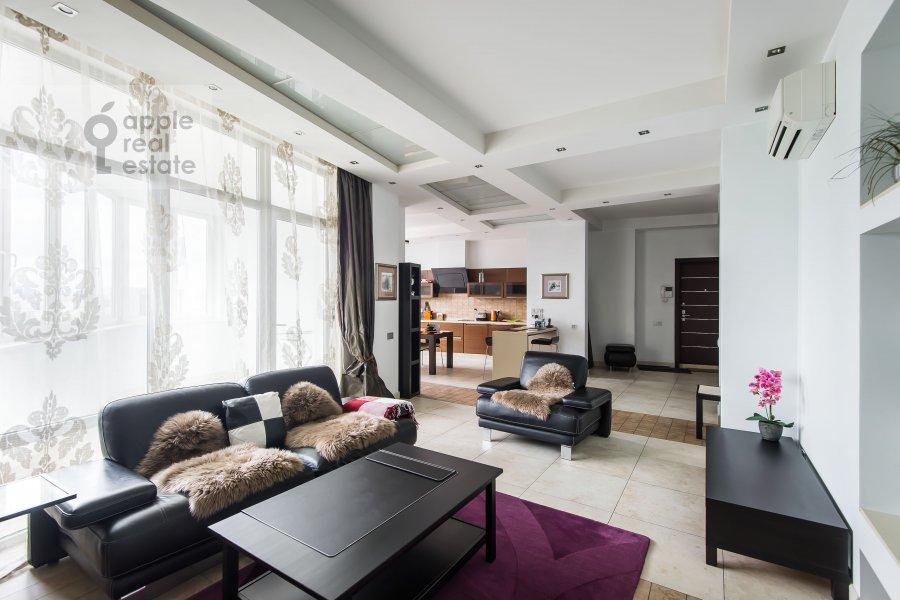 Гостиная в 3-комнатной квартире по адресу Шаболовка 10к1