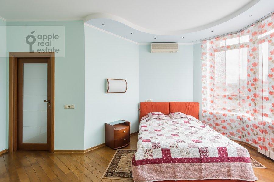 Спальня в 2-комнатной квартире по адресу Минская ул. 1Г