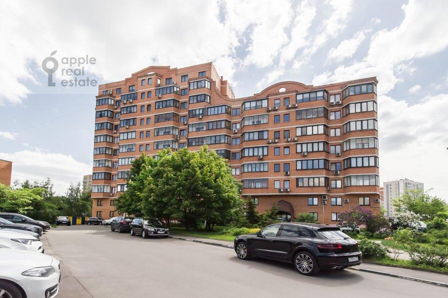 Фото дома 2-комнатной квартиры по адресу Удальцова ул. 32с1