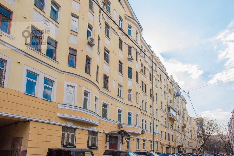 Фото дома 4-комнатной квартиры по адресу Трехпрудный пер. 11/13с2