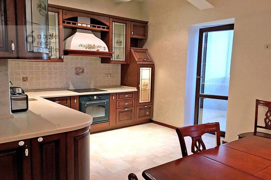Kitchen of the 3-room apartment at Milyutinskiy per. 3