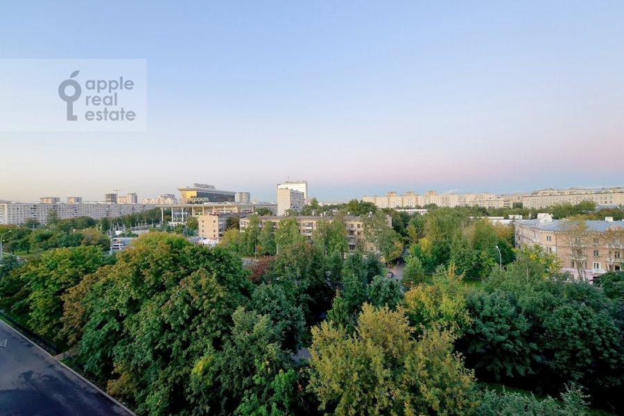 View from the window of the 3-room apartment at Skhodnenskaya ulitsa 35S1