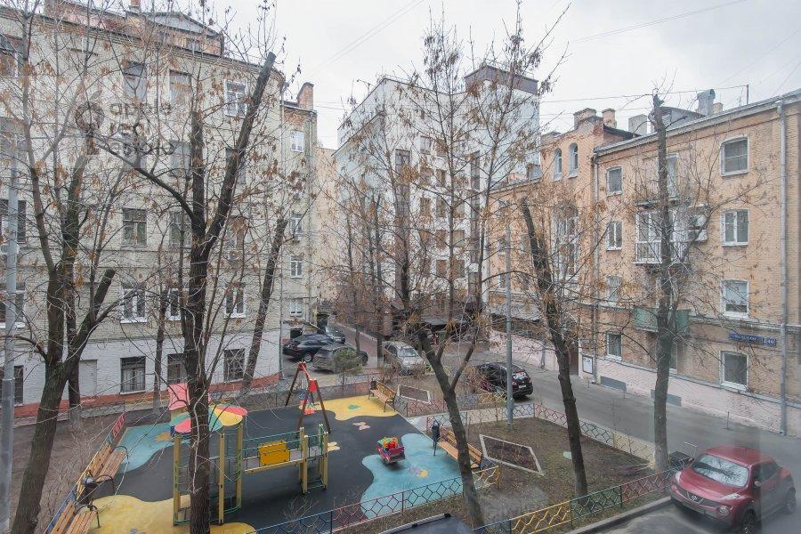 Вид из окна в 2-комнатной квартире по адресу 1-я Тверская-Ямская ул. 13с1