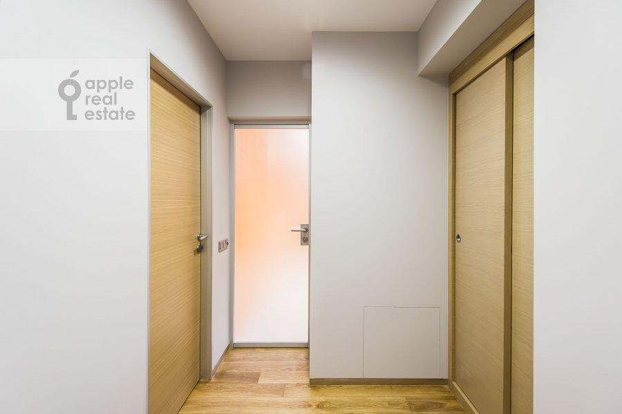 Коридор в 4-комнатной квартире по адресу Бутиковский пер. 16с3