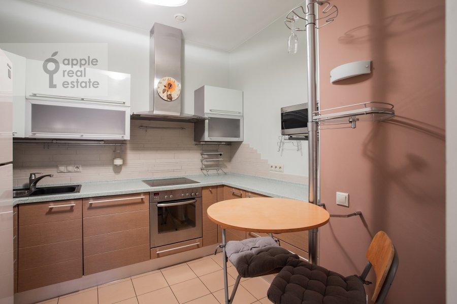 Kitchen of the 4-room apartment at Mashkova ulitsa 1