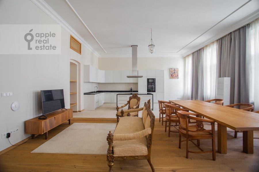Living room of the 3-room apartment at Myasnitskaya ul. 24/7s2