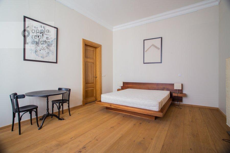 Bedroom of the 3-room apartment at Myasnitskaya ul. 24/7s2