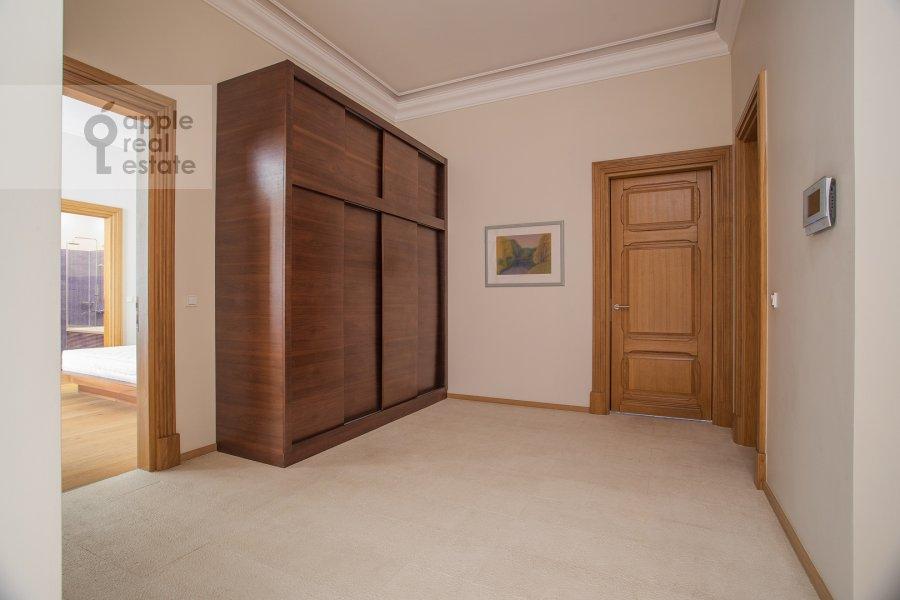 Corridor of the 3-room apartment at Myasnitskaya ul. 24/7s2