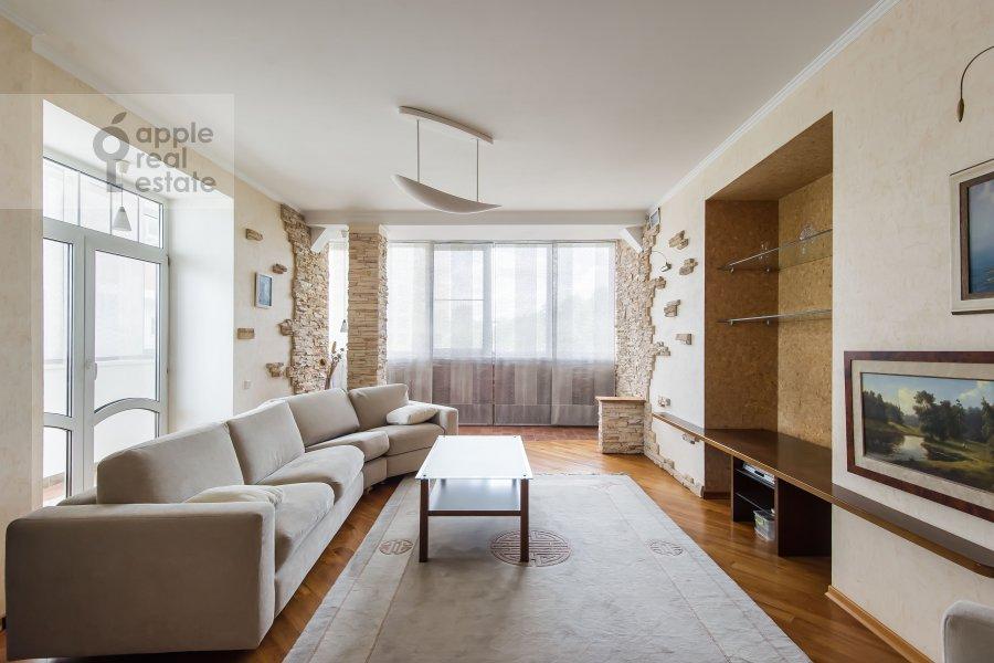 Гостиная в 3-комнатной квартире по адресу Звенигородская ул. 8к1