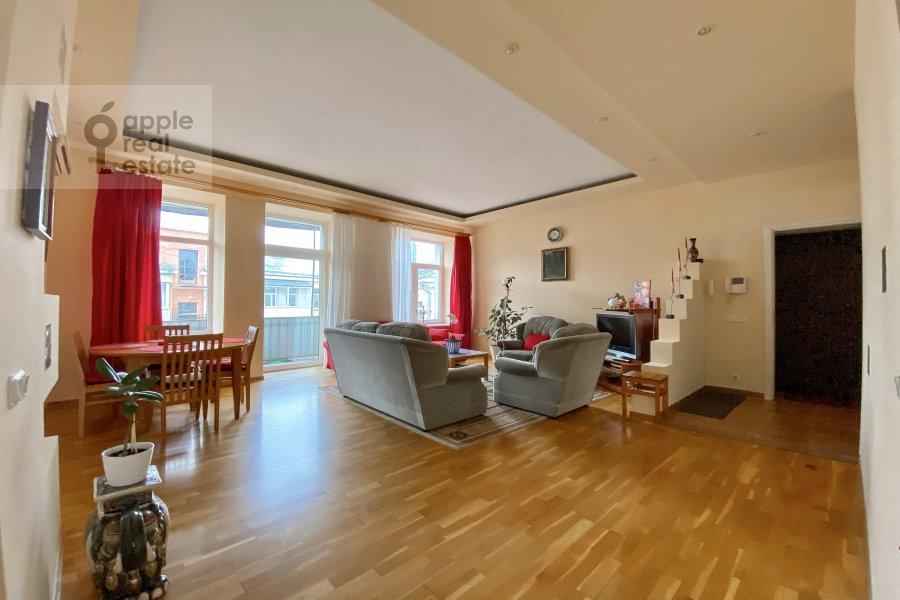 Гостиная в 3-комнатной квартире по адресу Тверская улица 6с3