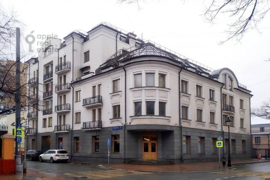 Photo of the house of the 4-room apartment at Skaryatinskiy per. 7
