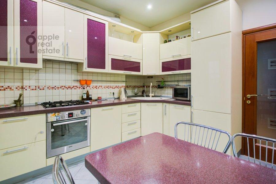 Кухня в 3-комнатной квартире по адресу Ленинский проспект 40