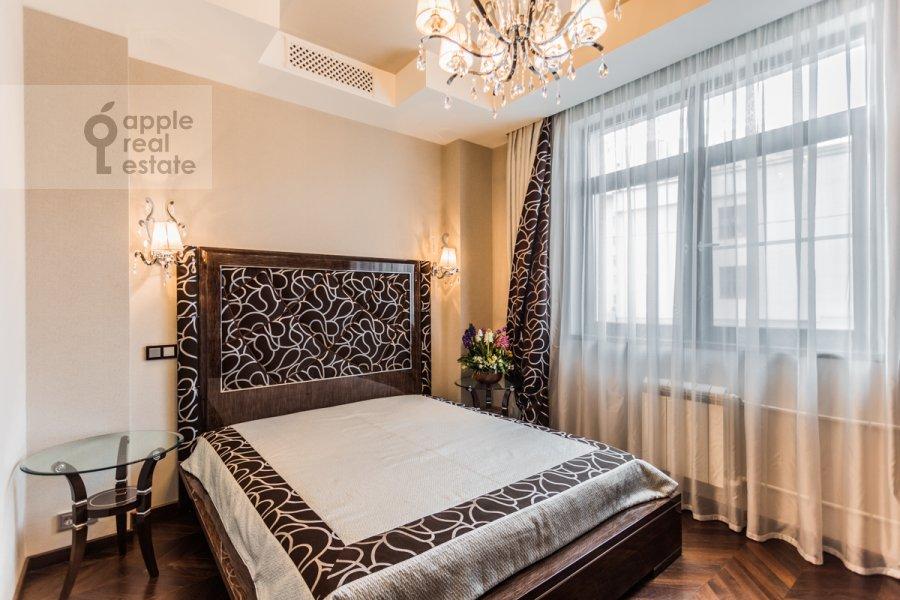Гостиная в 4-комнатной квартире по адресу Ходынский бул. 9