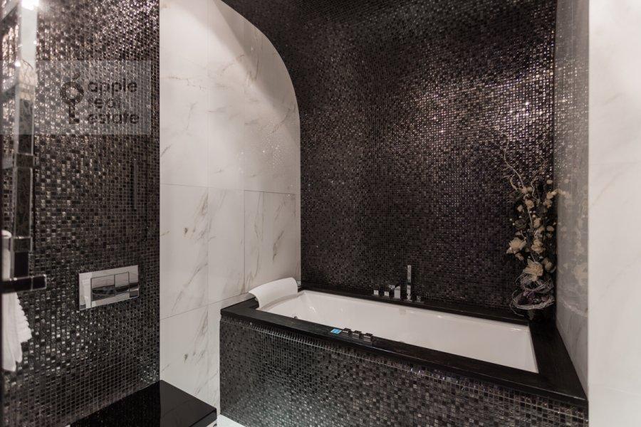 Санузел в 4-комнатной квартире по адресу Ходынский бул. 9
