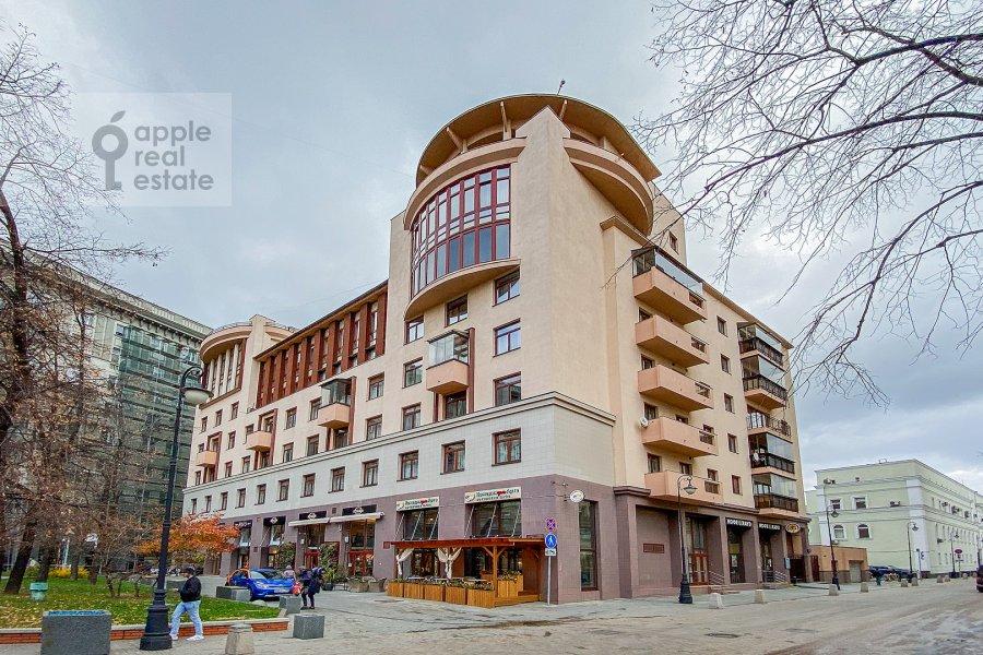 Photo of the house of the 3-room apartment at Bol'shoy Tolmachevskiy pereulok 4s1