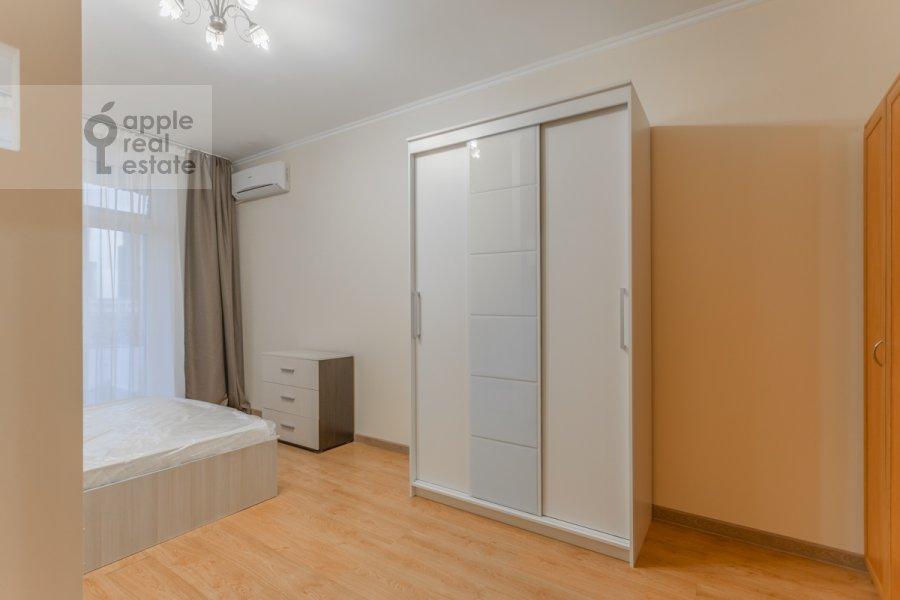 Bedroom of the 3-room apartment at Kutuzovskiy pr-kt 4/2